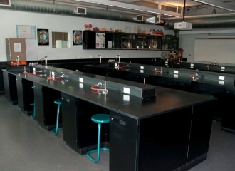 Special kind of contractor – Lab builders and epoxy countertops